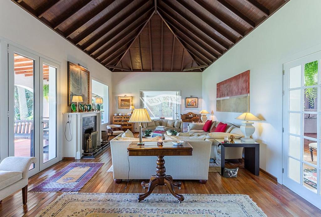 Casa en alquiler en Tafira en Palmas de Gran Canaria(Las) - 342319650