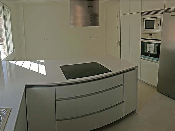 Casa adosada en alquiler en Chamartín en Madrid - 250822254
