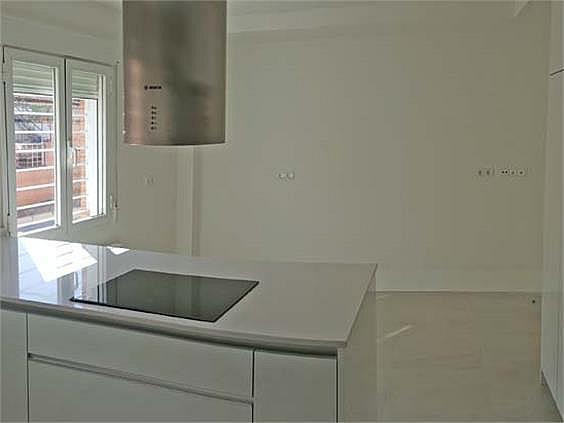 Casa adosada en alquiler en Chamartín en Madrid - 250822311