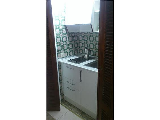 Estudio en alquiler en Castellana en Madrid - 297162299