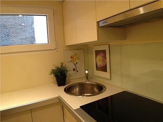 Apartamento en alquiler en Cortes-Huertas en Madrid - 322970031