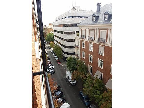Piso en alquiler en Castellana en Madrid - 328415302
