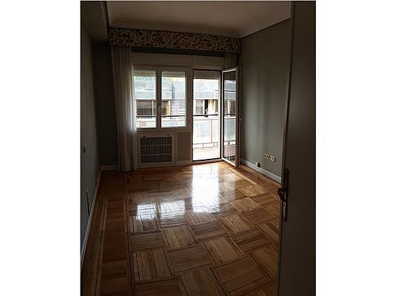 Piso en alquiler en Castellana en Madrid - 328415308