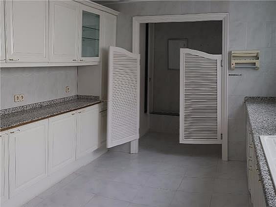 Piso en alquiler en Castellana en Madrid - 328415326