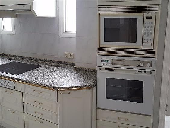 Piso en alquiler en Castellana en Madrid - 328415332