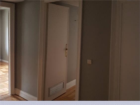 Piso en alquiler en Castellana en Madrid - 328415335