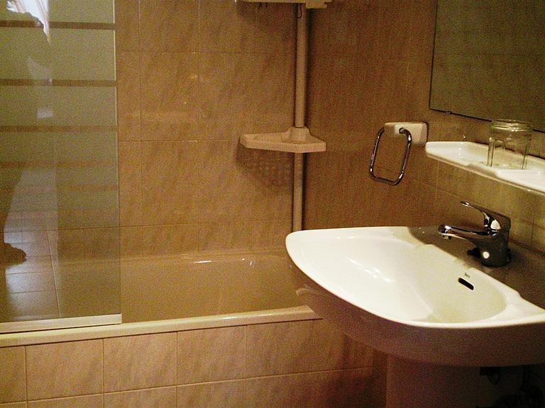 Baño - Apartamento en venta en calle Garrotxa, Llançà - 296600293