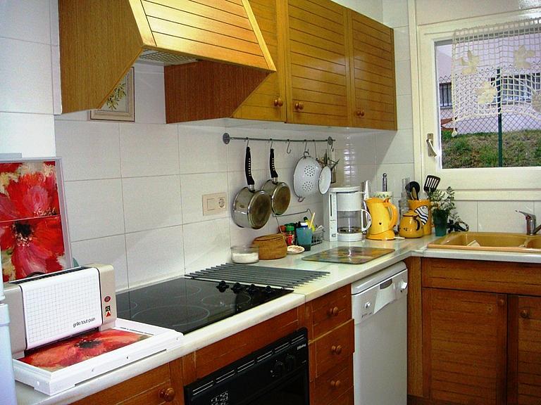 Cocina - Apartamento en venta en calle Garrotxa, Llançà - 296600305
