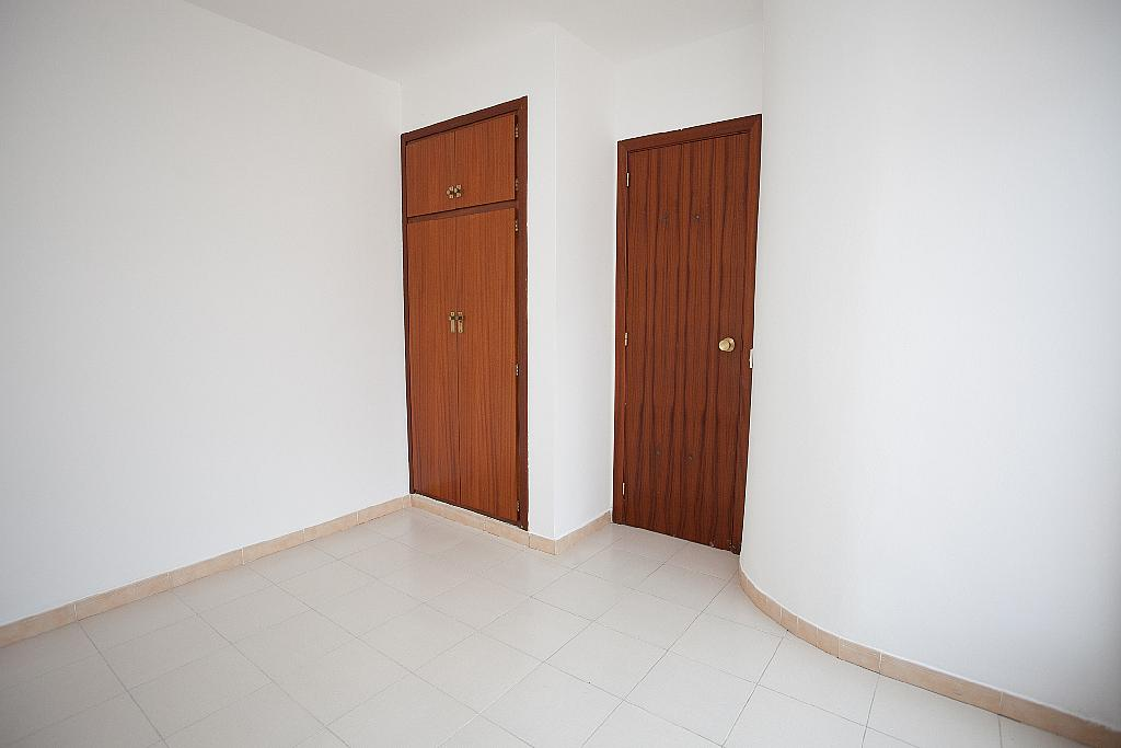 Piso en alquiler en calle Mestral, Valleta, La - 287715983