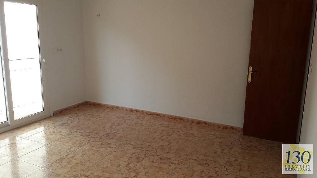 Piso en alquiler en calle De L'esglesia, Torroella de Montgrí - 329110642