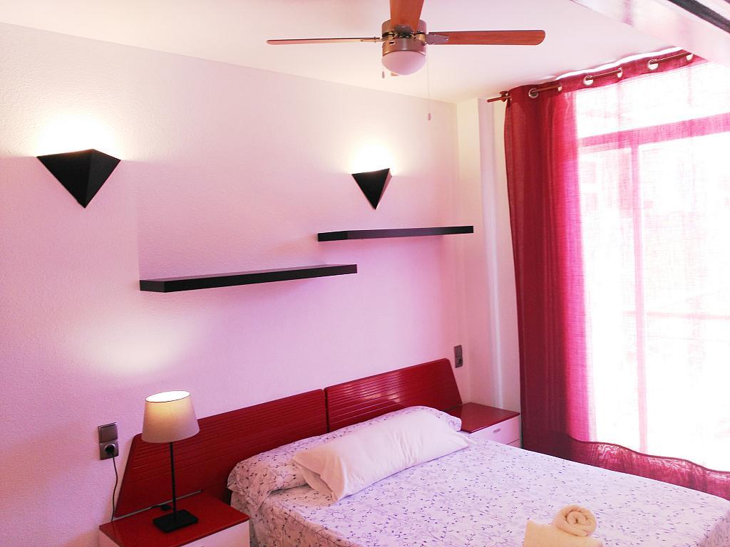 Apartamento en alquiler de temporada en calle Ramon y Cajal, Calella - 294033545