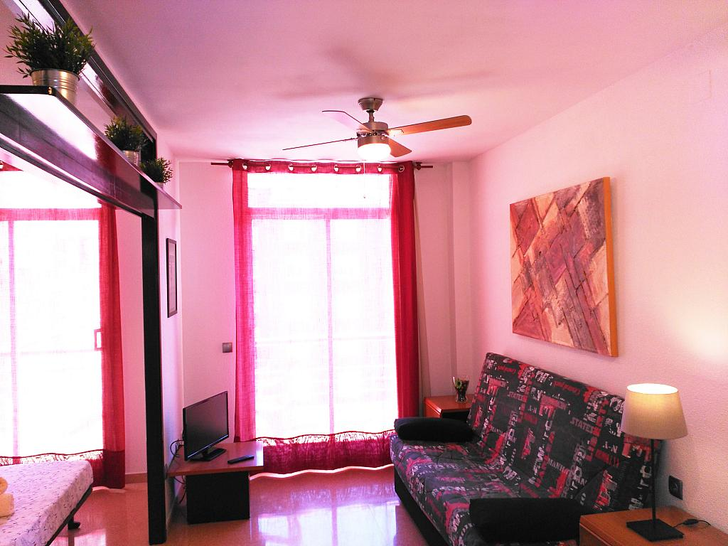 Apartamento en alquiler de temporada en calle Ramon y Cajal, Calella - 294033623