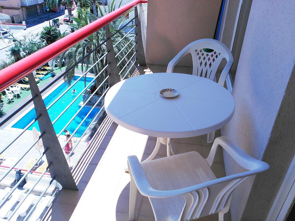 Apartamento en alquiler de temporada en calle Ramon y Cajal, Calella - 294035403