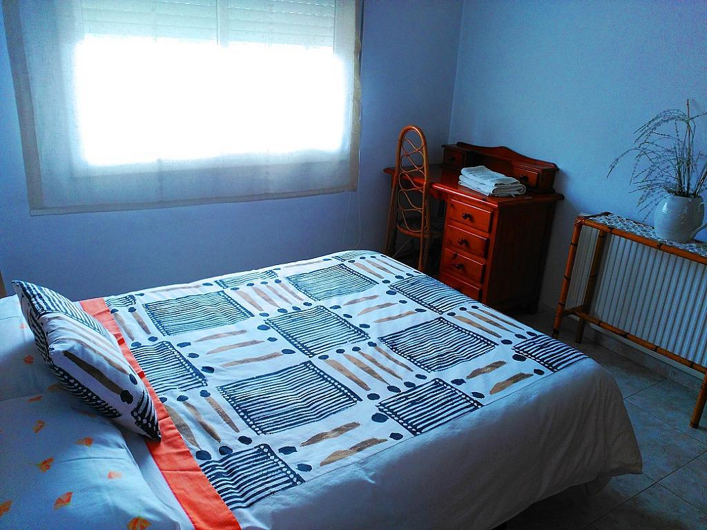 Dormitorio - Piso en alquiler de temporada en pasaje Merçe Rodoreda, Calella - 285270130