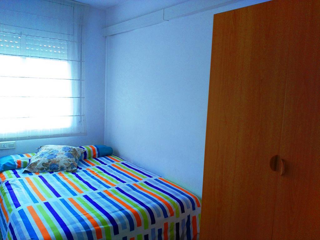 Dormitorio - Piso en alquiler de temporada en pasaje Merçe Rodoreda, Calella - 285270151