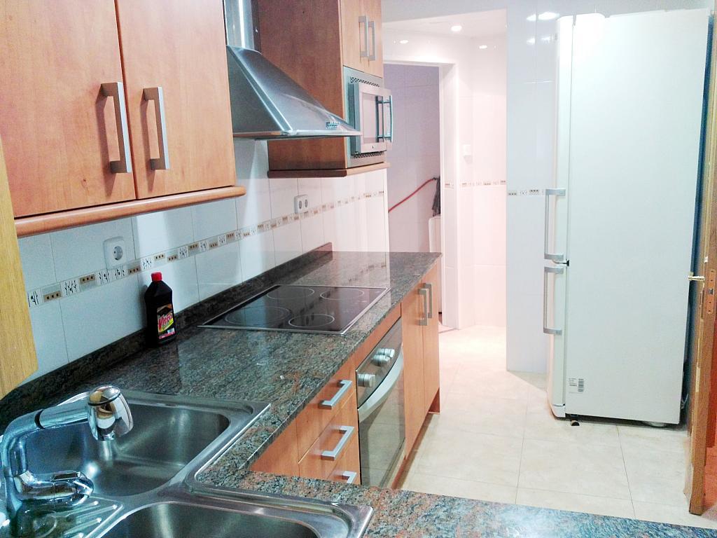 Piso en alquiler opción compra en calle Sant Jaume, Calella - 336724871