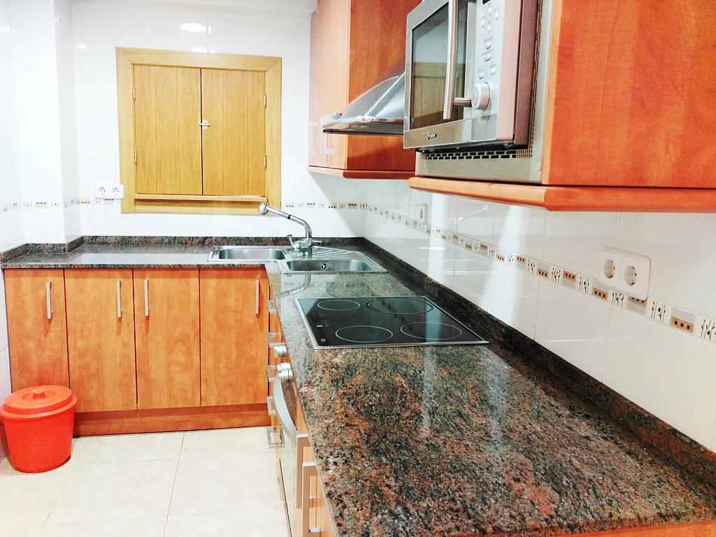 Piso en alquiler opción compra en calle Sant Jaume, Calella - 336724915