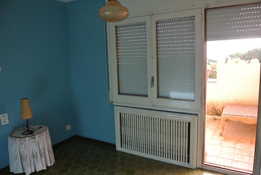 Casa en alquiler opción compra en calle Concepció Arenal, Urb. Mas Carbó en Palafolls - 232532953