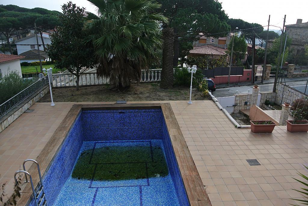 Casa en alquiler opción compra en calle Concepció Arenal, Urb. Mas Carbó en Palafolls - 232533046
