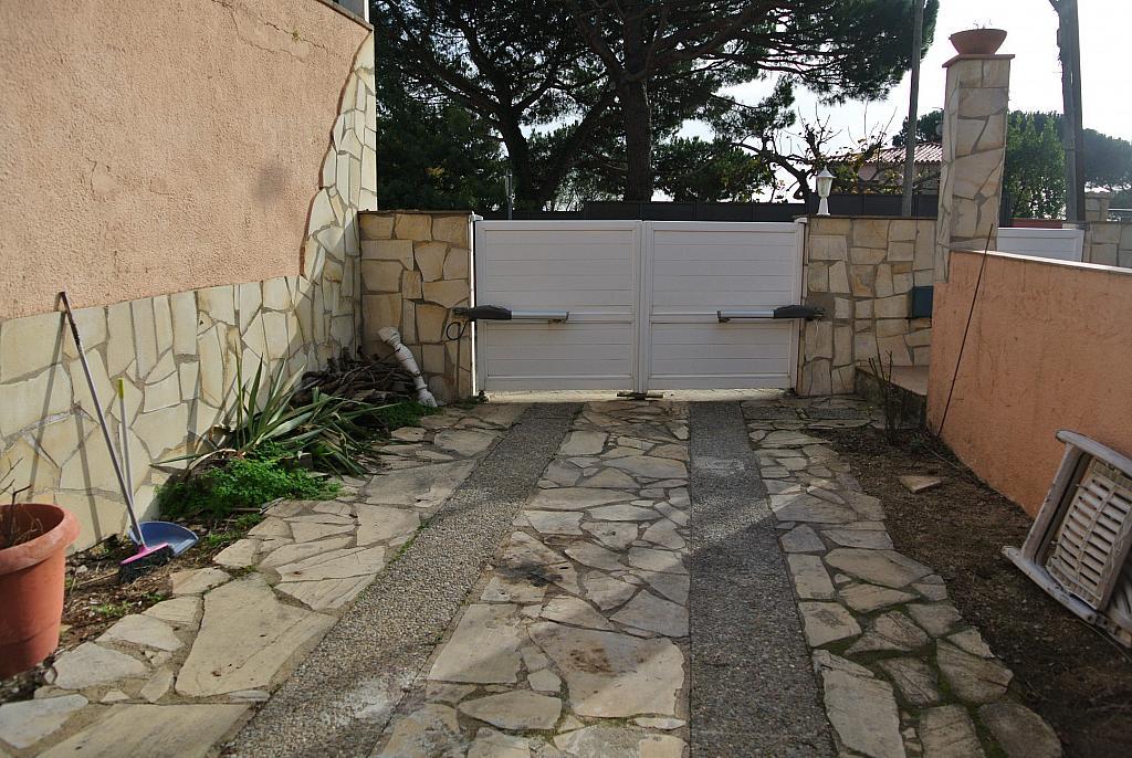Casa en alquiler opción compra en calle Concepció Arenal, Urb. Mas Carbó en Palafolls - 232533072
