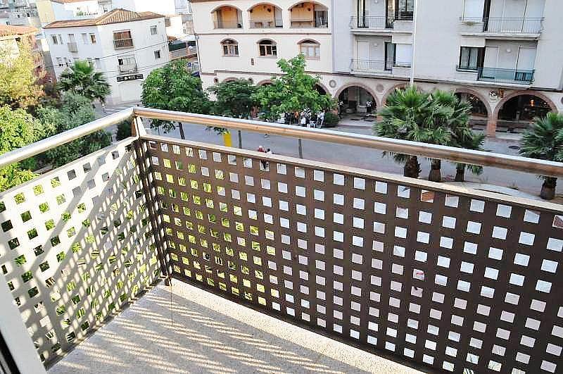 Piso en alquiler en plaza Salvador Espriu, Sant Feliu de Guíxols - 356634886