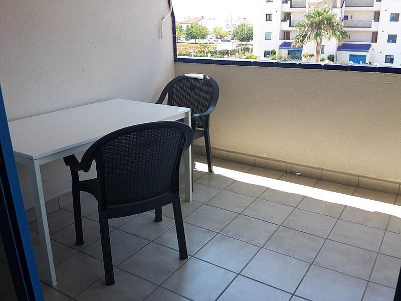 Piso en alquiler en urbanización Mezquitilla Playa, Mezquitilla - 140274506