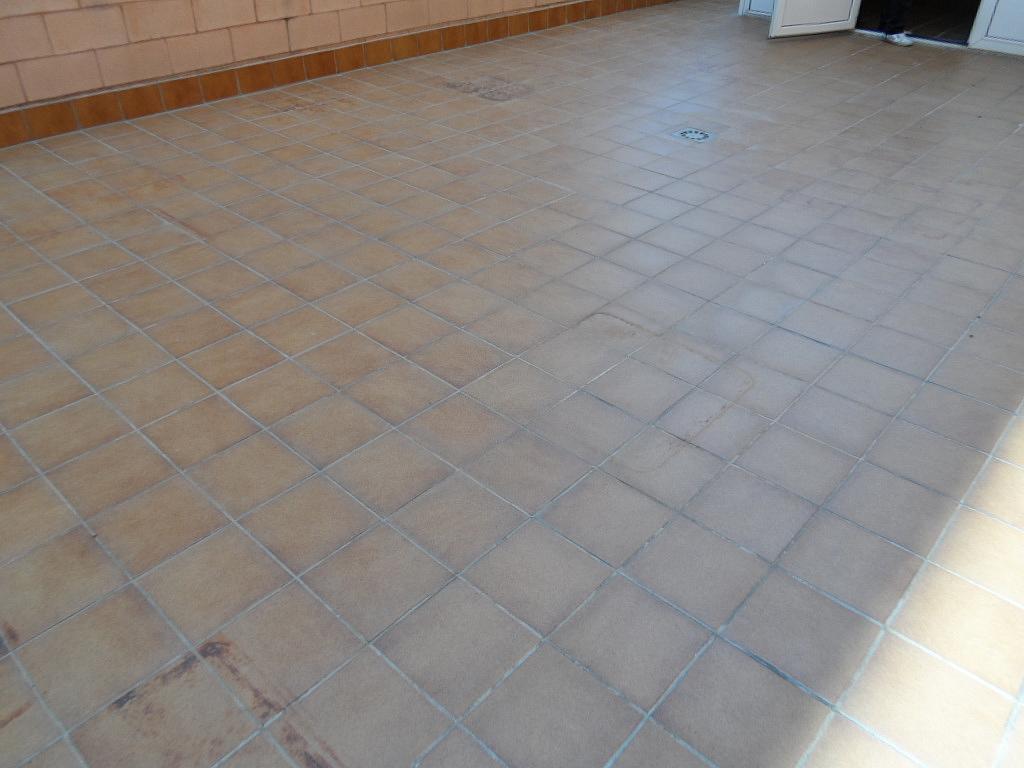 Terraza - Local comercial en alquiler en calle Berguedá, Sant Andreu de la Barca - 132594762