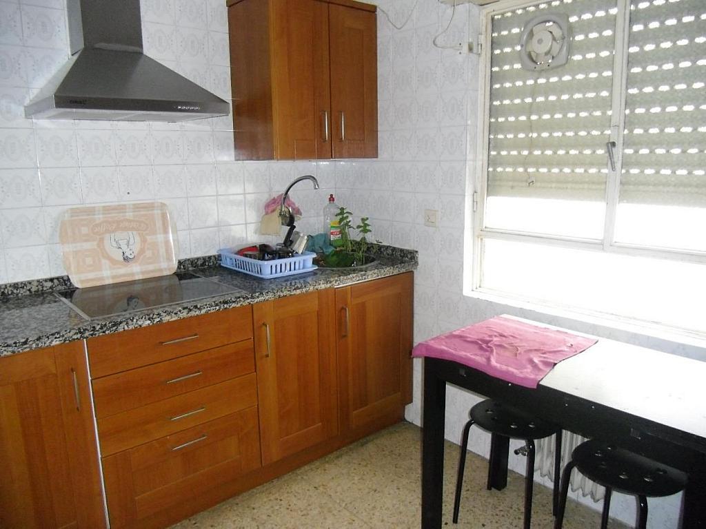 Foto - Piso en alquiler en calle Carmelitasoeste, Salamanca - 303993712