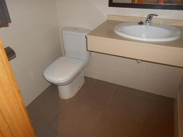 Baño - Apartamento en alquiler en calle General Brito, Rambla Ferran - Estació en Lleida - 316324479