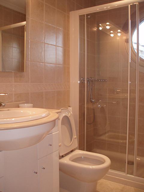 Baño - Piso en alquiler de temporada en calle Antonio Machado, Fuengirola - 137604124