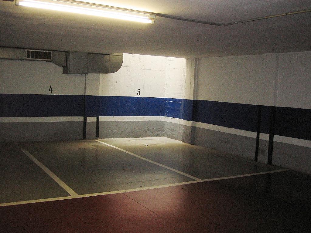 Parking en alquiler en calle Corcega, Eixample esquerra en Barcelona - 160654813