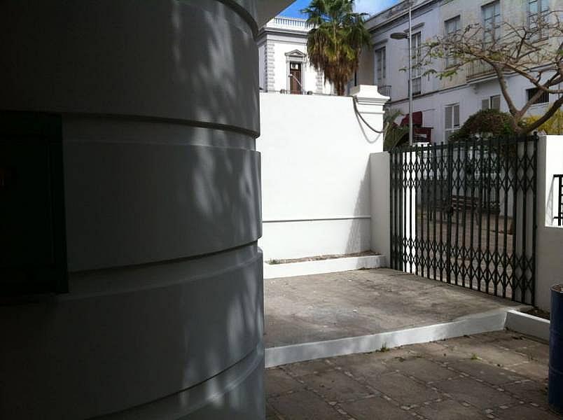 Foto - Bajo en alquiler en calle Zona Centro, Centro-Ifara en Santa Cruz de Tenerife - 242252382