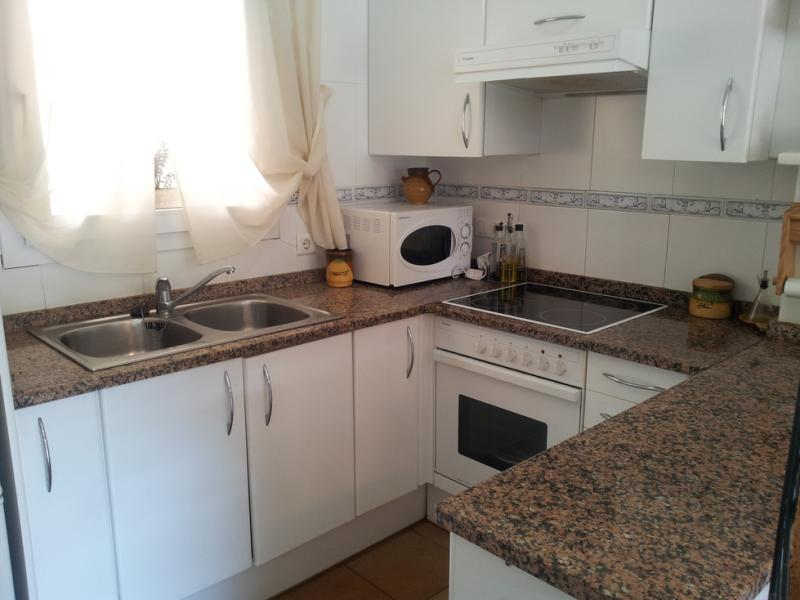 Cocina - Piso en alquiler en urbanización Los Girasoles, Platja d´aro - 116032635