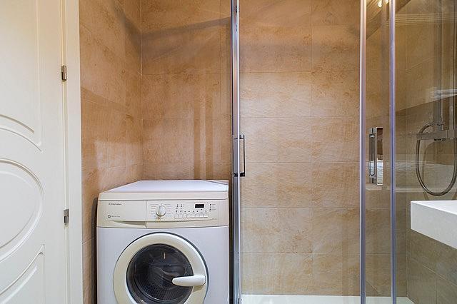 Apartamento en alquiler en calle Italia, San Bernardo en Salamanca - 244996412