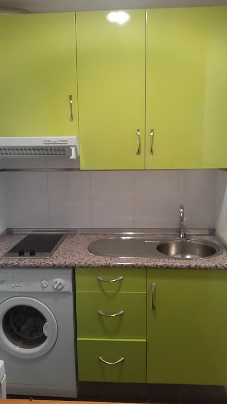 Apartamento en alquiler en calle Reyes de España, Salamanca - 285682721