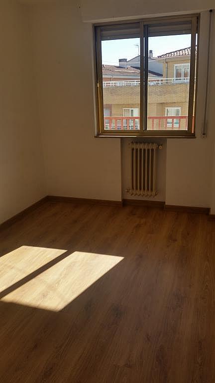 Piso en alquiler en calle Oropendola, Pizarrales en Salamanca - 308875451