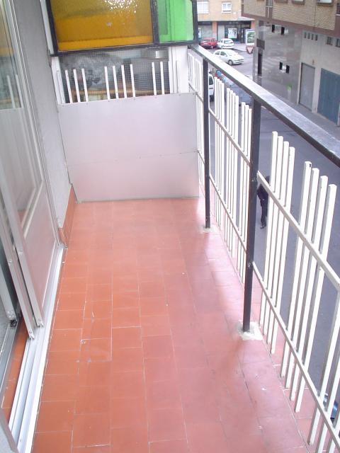 Piso en alquiler en calle Alfonso IX, Salamanca - 23306433