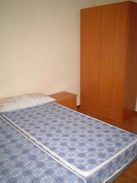 Piso en alquiler en calle Alfonso IX, Salamanca - 23306444