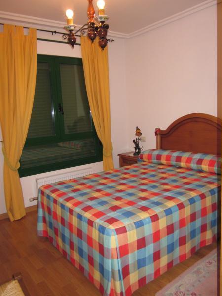 Chalet en alquiler en calle Señorio Gudino, Villamayor - 116508737