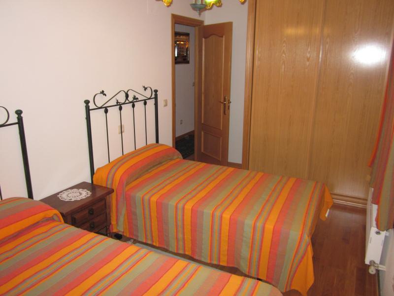 Chalet en alquiler en calle Señorio Gudino, Villamayor - 116508739