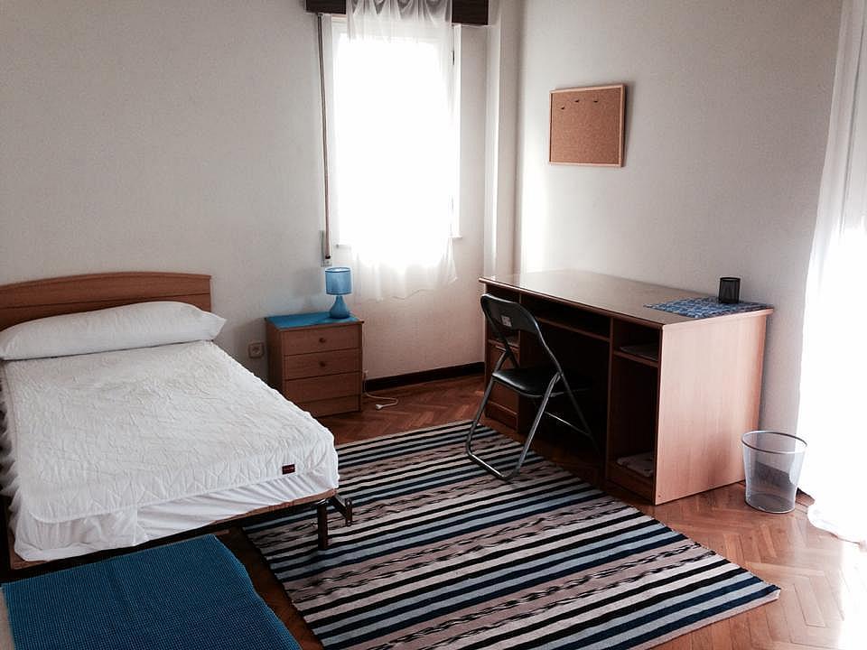 Piso en alquiler en calle Valverdon, Vidal en Salamanca - 137948913