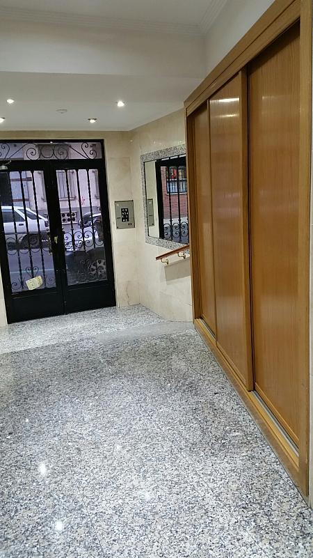 Ático en alquiler en calle Van Dyck, Salesas en Salamanca - 169957416