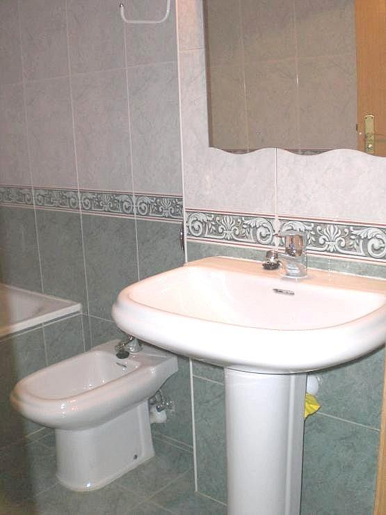 Piso en alquiler en Delicias en Zaragoza - 328536047