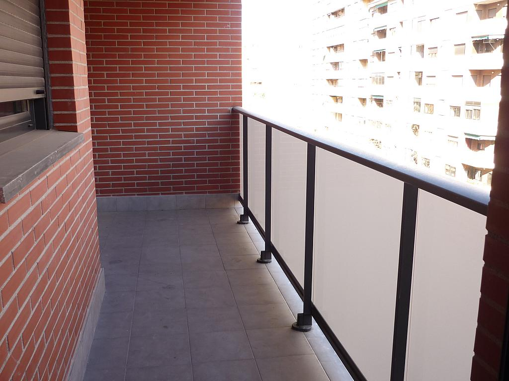 Piso en alquiler en Delicias en Zaragoza - 330144790