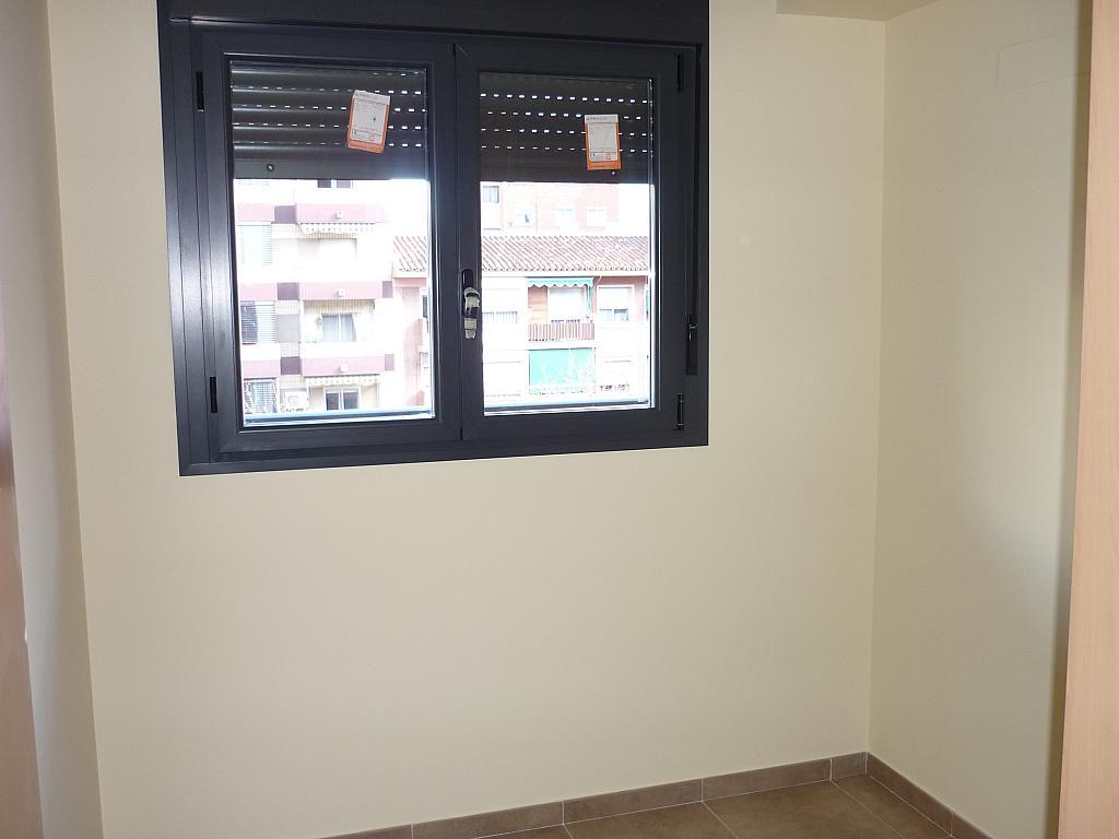 Piso en alquiler en Delicias en Zaragoza - 330144816