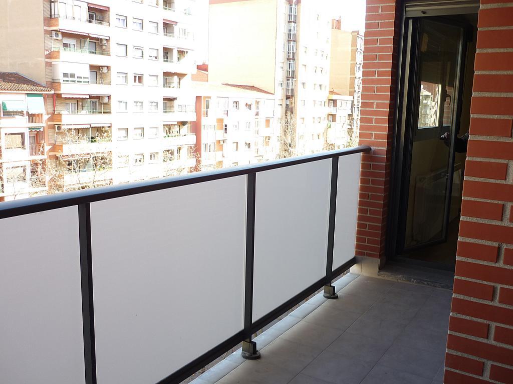 Piso en alquiler en Delicias en Zaragoza - 330144839
