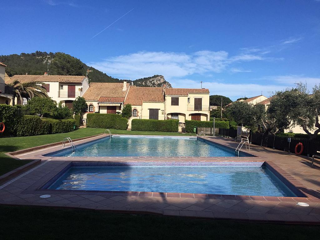 Casa adosada en alquiler opción compra en calle Les Oliveres, Estartit, l´ - 281084247