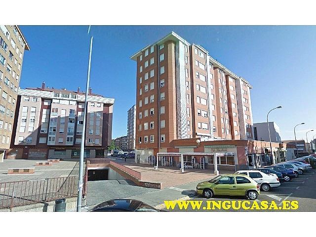 Foto 1 - Local en venta en calle Los Roble, Eras del Bosque en Palencia - 357074747
