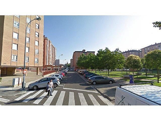 Foto 2 - Local en venta en calle Los Roble, Eras del Bosque en Palencia - 357074750