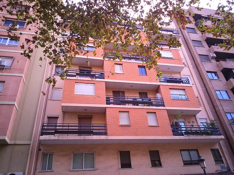 Fachada - Piso en alquiler en calle Albacete, Arrancapins en Valencia - 329105446
